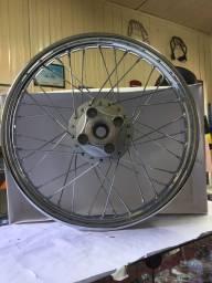 Roda traseira Compl. CG 125/82 -99 Honda