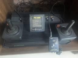 Atari 2600 com dois controle originais e 1 fita pacman comprar usado  Biguaçu