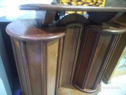 Púlpito semi novo de madeira