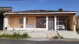 Vende-se casa no Cabralzinho