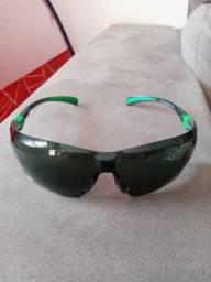 Óculos ciclista pouco usado