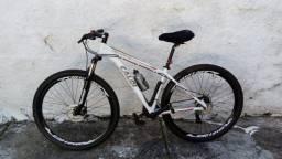 Bike Caloi Explorer 10 Tam 19 Aro 29 novinha