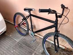 Bicicleta aro 26 em perfeito estado!