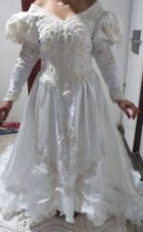 Vendo vestidos de noiva