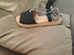 Sandalia sua cia