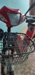 Vendo um bicicleta elétrica 1 ano de uso