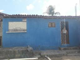 Vendo ou troco está casa no bairro golandim