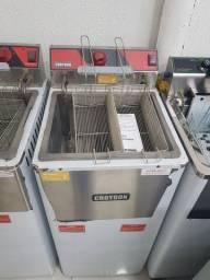 Fritador 5000 watts Croydon - Gizelle
