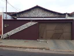 Casa para aluguel na Vila N. Sª D'Abadia