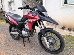 Moto XRE 300, 2014. Super conservada