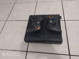 Xbox Destravado com 3 controles