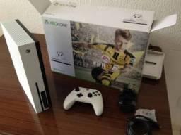 Xbox one s 500 gb com controle