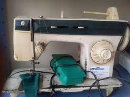 Máquina ziguezague simger