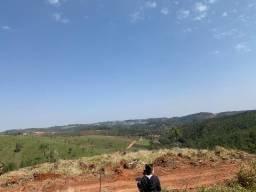 (gp) Terrenos em cond fechado sem padrão de construção, confira!