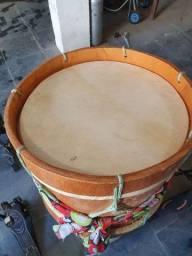 Bumbo Tribal muito bonito e com um  som forte