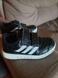 Tênis infantil Adidas Couro - Semi-novo! N? 26