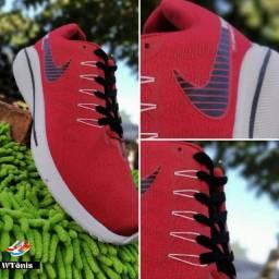 Últimas unidades, tênis Nike vermelho promoção