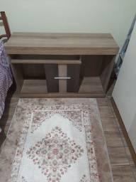 Rack semi-novo  para sala ou quarto