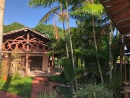 Vende-se Excelente Casa estilo Sítio