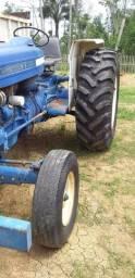 Vende-se Trator Ford 6600