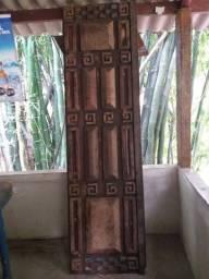Porta de madeira maciça Angelim pedra