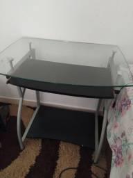 Vendo tv,JBL,e mesa