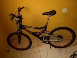 Vendo bike aro 26 muito nova
