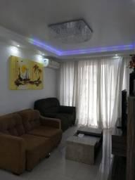 Alugo apartamento anual com 3 dormitórios em BalneárioCamboriú