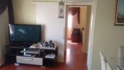 Oportunidade, 2 dormitórios e duas vagas, ótima localização, Bairro São João