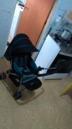 Vendo carrinho de bebê excelente pouco uso