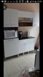 Jogo de armario de cozinha. 750,00