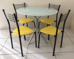 Mesa + Cadeiras (Entrego)