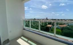 AL- Apartamento com 02 quartos e varanda (TR4318)
