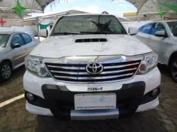 Toyota hilux sw4 3.0 4p srv 4x4 turbo diesel automático 2012