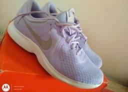 Tênis Nike Lilás