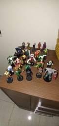 Colecão de Miniaturas de super herois