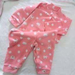 Macacão de soft  para menina até 1 ano