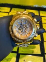Relógio invicta Bolt Zeus dourado banhado a ouro