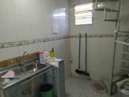 Vila Valqueire (Aluguel início R Quiririm)  Aptº Sala 2Qts Terração exclusivo Ac. depósito