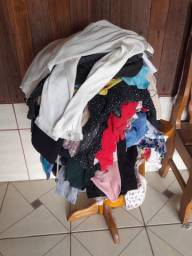 Lote de roupa para bazar