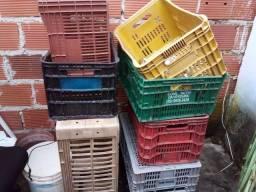 Caixa pra frutas e verduras  5.00 cada