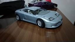 Miniatura Bugatti EB110