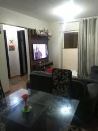 Oportunidade!! Apartamento de 02 quartos com Suíte e Varanda - QS 303 Samambaia Sul