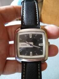 ca3e5f7a69b Relógio Fóssil lindo sem detalhes impecável