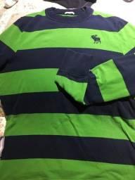 bbc5a9aa96 Camisas e camisetas no Brasil