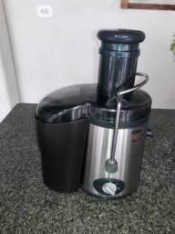 Centrífuga (para fazer sucos naturais, polpas, purês e sopas)
