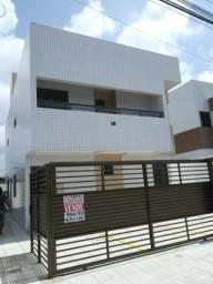 Apto no melhor Local José Américo, com varanda e Documentação Inclusa!