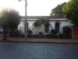 Casa à venda com 4 dormitórios em Centro, Batatais cod:V165875
