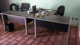 Móveis de escritório Super Novos, 2 mesas, cadeiras, sofá e potrona