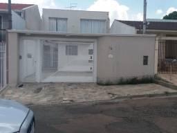 Vende-se Casa Bairro Caiuá CIC